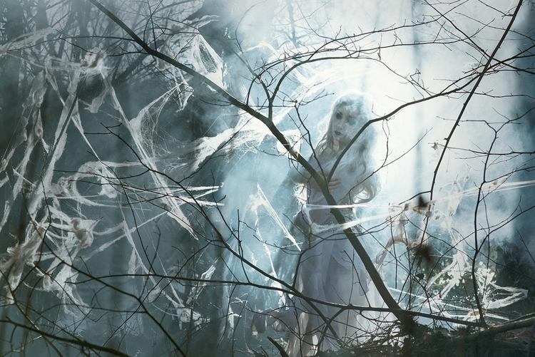 Federica Nardese (VisualStoryPhotography) - Glicine (Saraglicine) - art dir Ilaria Iacoviello (ilariaiacoviellonobodyshere) - Banshee, The White Witch.jpg