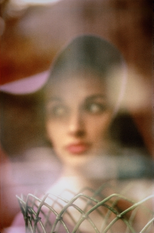 Carol Brown, Harper's Bazaar, ca. 1958. (© Saul Leiter Courtesy Howard Greenberg Gallery, New York) ~ imrs.php.jpg