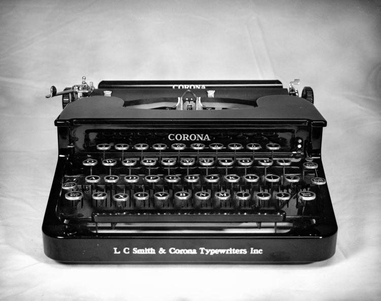 2016 LF012 Smith Corona-2.jpg