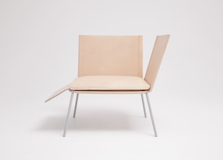 Thom_Fougere_Saddle_Chair_1.jpg