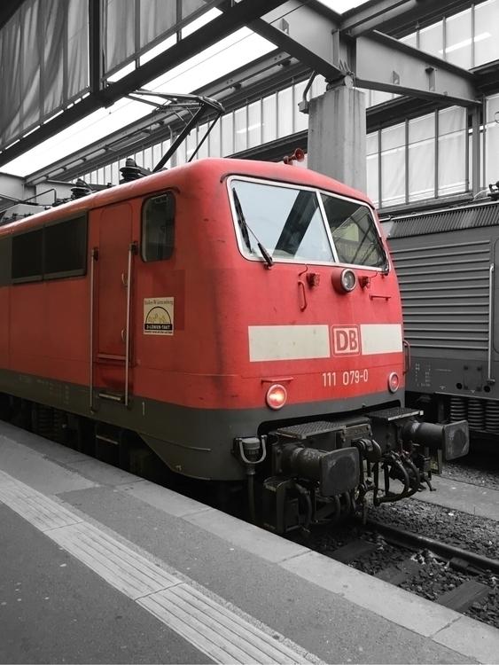 E928BB60-8130-47D1-97F4-09C6495954A4.jpg