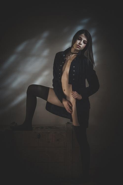 Enrico Burani - Chiara Bianchino - mua Marty Chiacchio - Blue Shadows.jpg