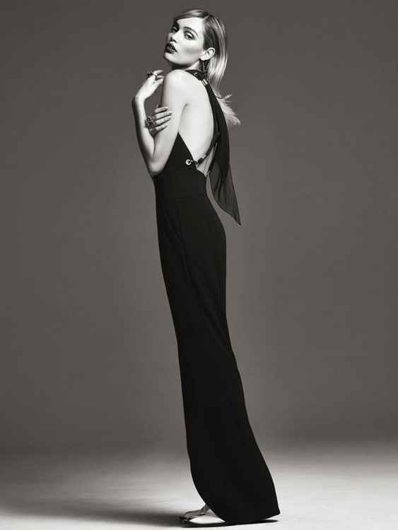 Photography by Bjorn Looss. Fashion editor Carine Roitfeld. Model Staz Lindes. For CR Fashion Book. 4.jpg