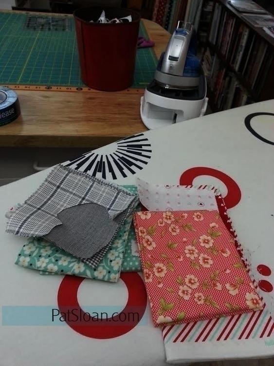 pat sloan splendid sampler fabric.jpg
