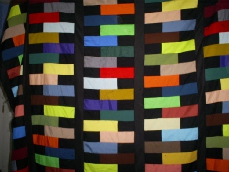 Zipper quilt top.JPG