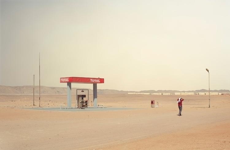 CHRIS SISARICH_egypt_gasstation 1.jpg