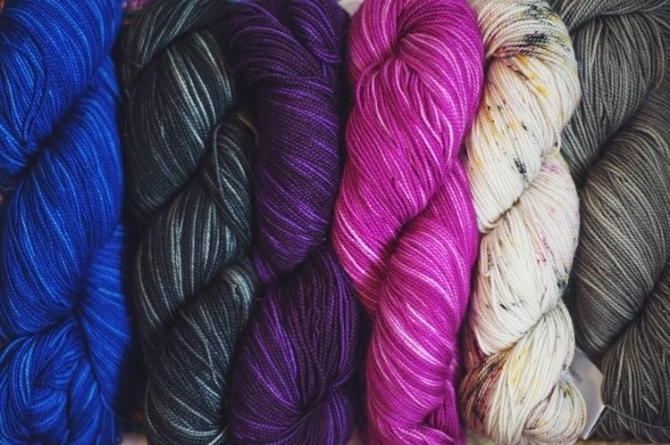 knitpicksyarn2.jpg