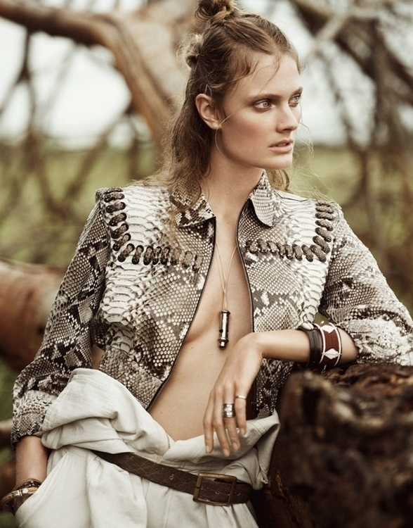 constance-jablonski-by-boo-george-for-porter-magazine-summer-2016-4.jpg