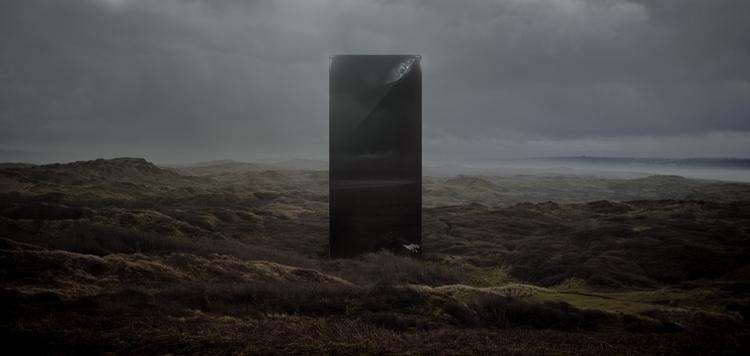 Monolith_2_5_Halfsize_sRGB