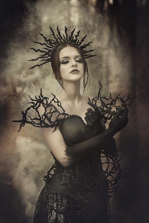 Sonja Saur Photography - ladydots10 - mua Rachelsigmoncosmetologist - dsg hdpc posh.fairytale.courture.jpg