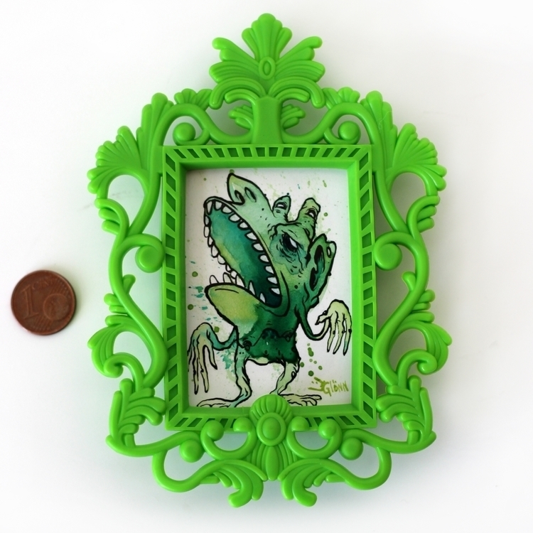 green framed1