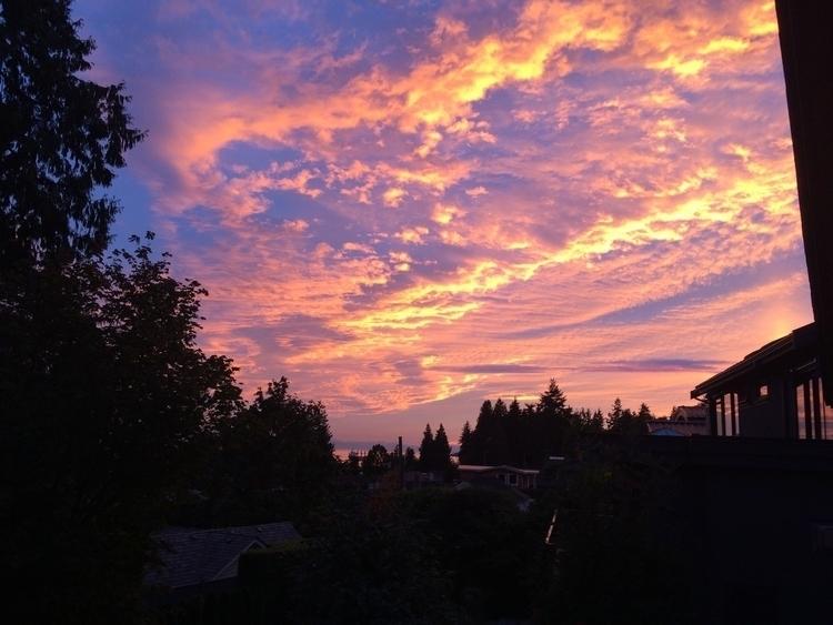 dundarave_sunset.jpg