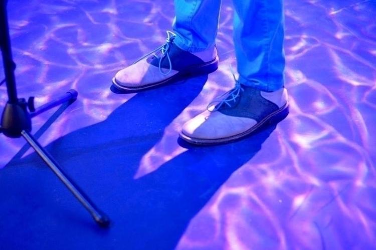 feetshows