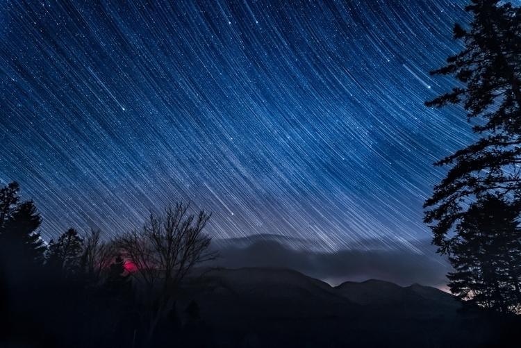 Les étoiles tombent.jpg