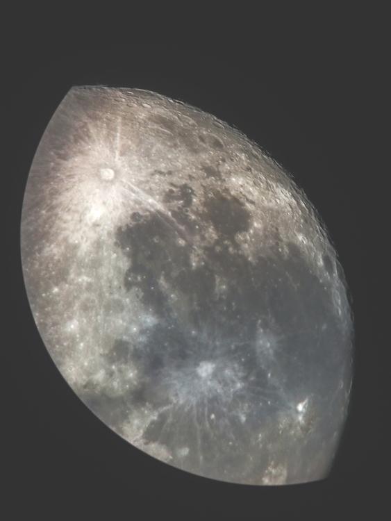 moon-02.jpg