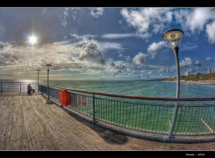 164x365 - HDR - Boscombe.Pier.Fisherman.@.1150x760.jpg