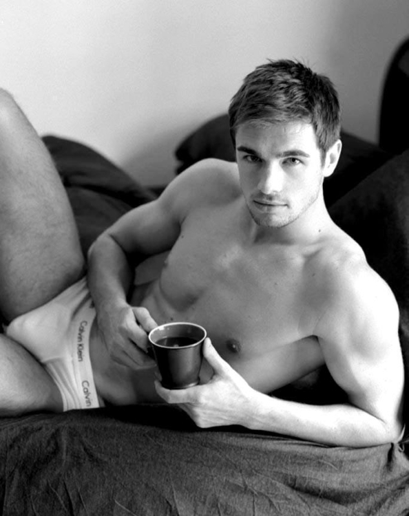 nude-man-and-coffee-pa-pa-win-khin-nude-sexy