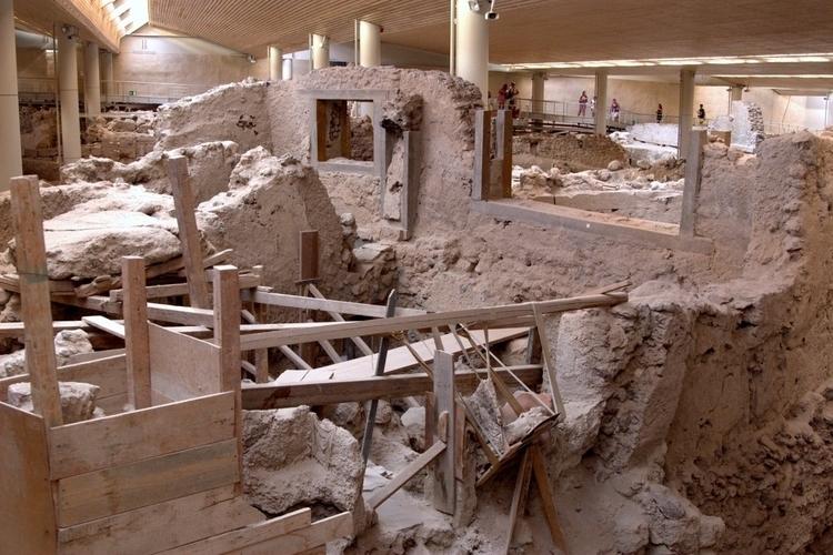 Santorini, archaeological site  - mycountry | ello