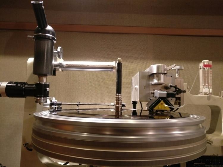 "Cutting 12"" lacquers vinyl musi - adamgonsa | ello"