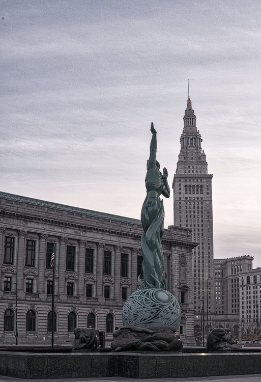 Downtown Cleveland. cleveland#n - troywm | ello