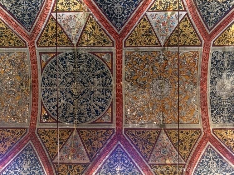 Meda (#Milan, Italy): Ceiling C - milanofotografo | ello
