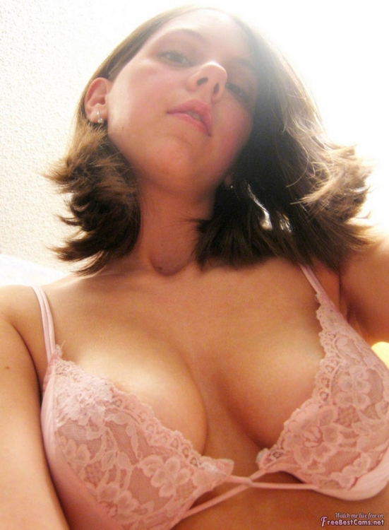 Rate? sexy boobs hot bra tits b - sezyjuliaann | ello