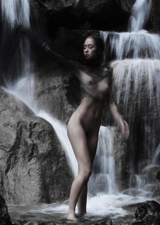 Waterfall 🔹🔷🔹🔷🔹 - lloydgalbraith   ello