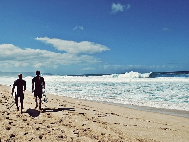 Surfing guys! hawaii oahu pupuk - jyanhalt | ello