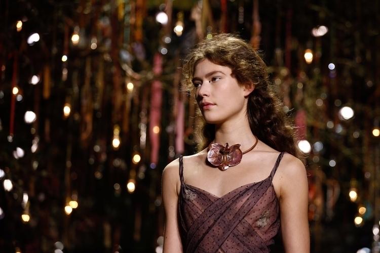 Desfile Dior Alta-Costura Verão - mariaelisa_mpf | ello