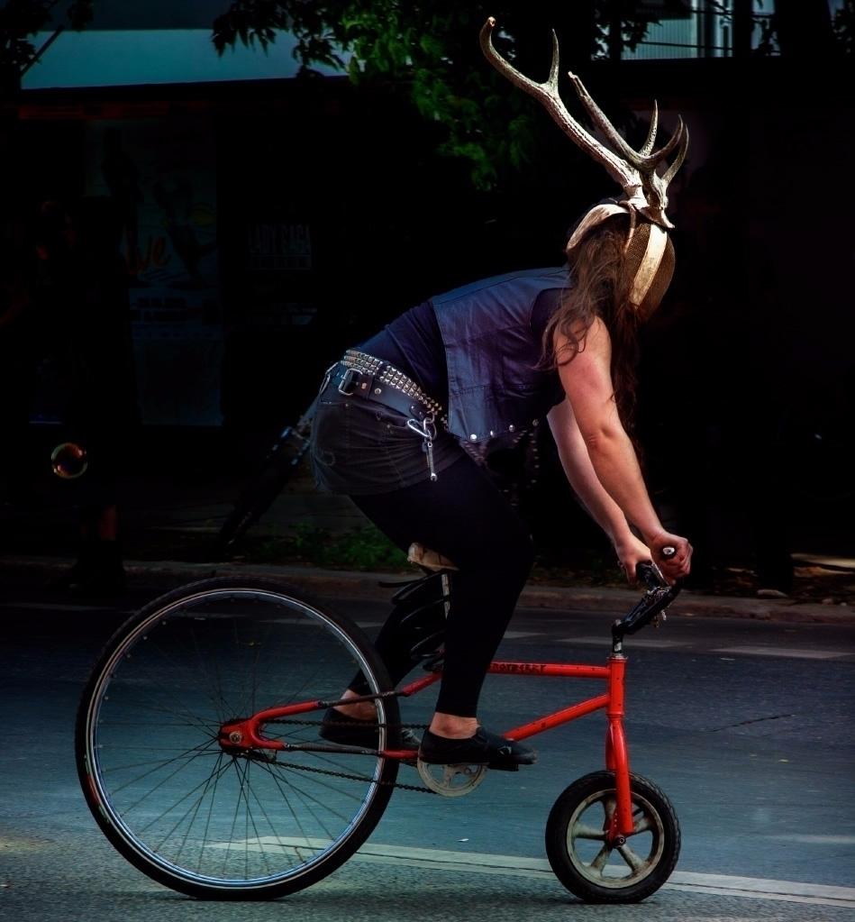 Fahrrad-Kampf, Karneval der sub - sandromartini   ello