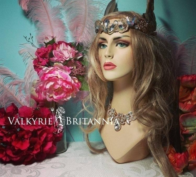 Capricornia Headdress Valkyrie  - lioncion | ello