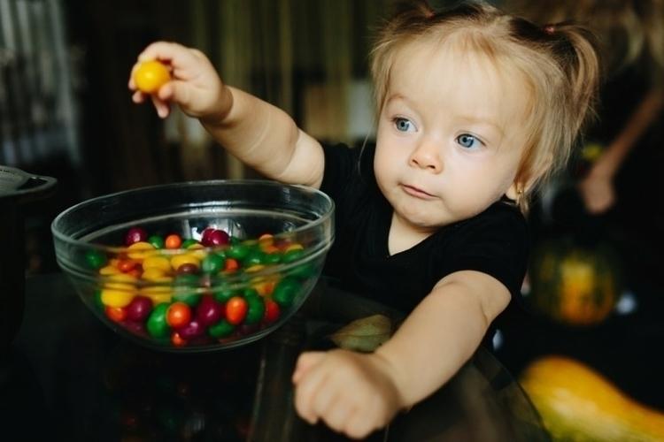 Teach Colours Preschoolers? eas - anneqkg | ello