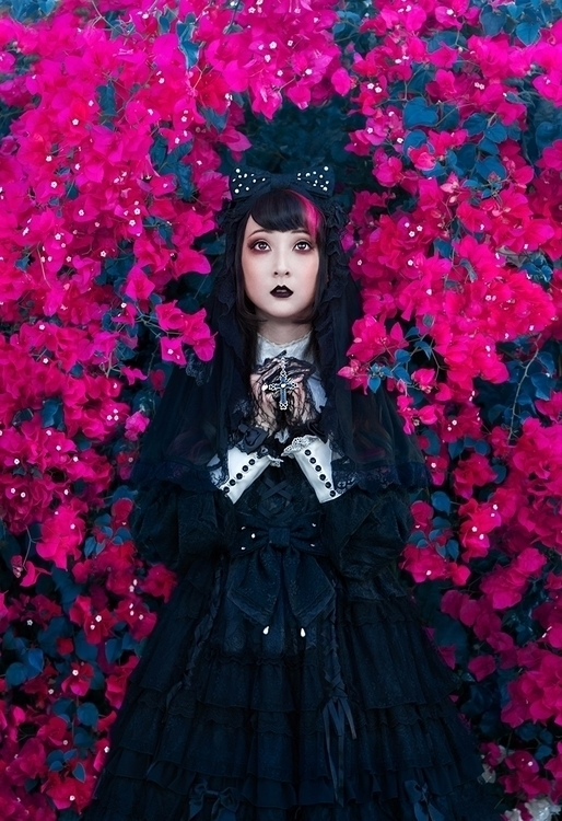 Photographer:Irene Yuen Model: - darkbeautymag | ello