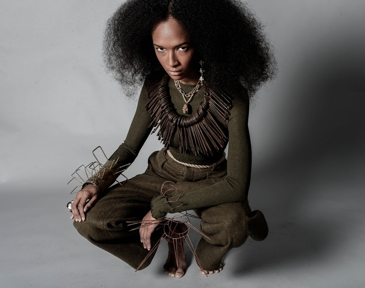 Photographe Thomas Gizolme Hair - kimsaskiaalaux | ello