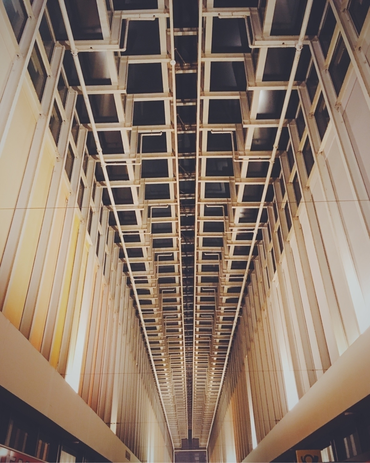 Berlin brutalism mallsofberlin  - gregosphere | ello