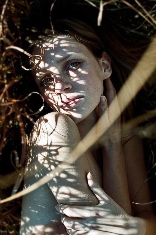 Photographer:Giorgia Borneto M - darkbeautymag | ello