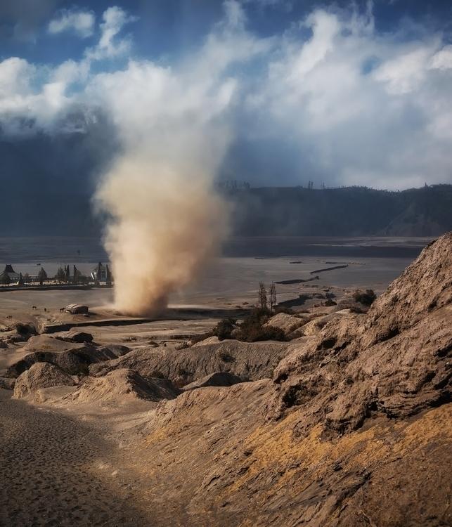 Climbing volcano, massive sand  - jonathansander | ello