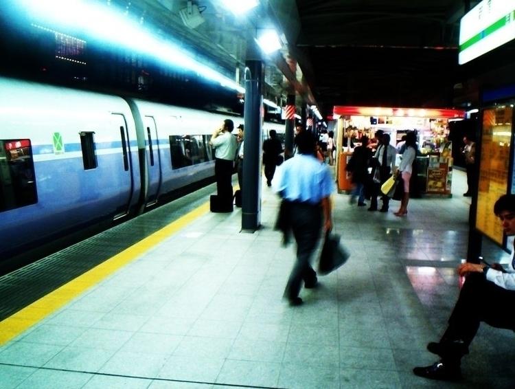 real photo shinjuku, 2004. - kappuru | ello