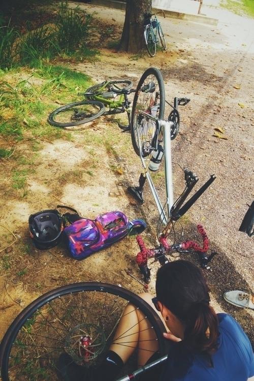 flat bikes cycling flattyre por - danielgafanhoto | ello