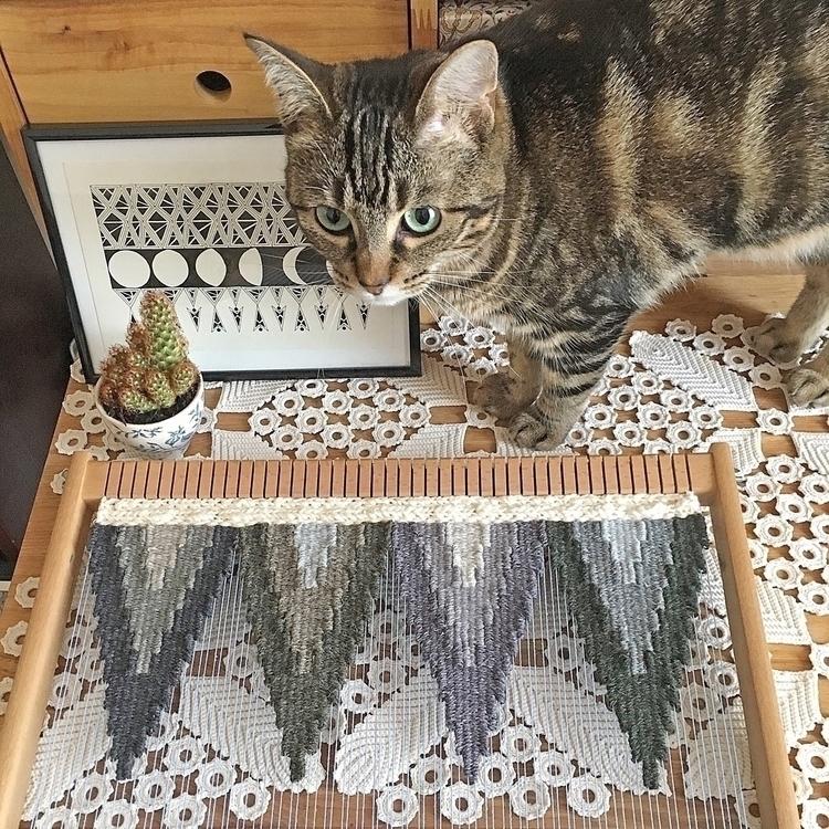 weaving handmade wovenwallhangi - only_a_paper_moon   ello