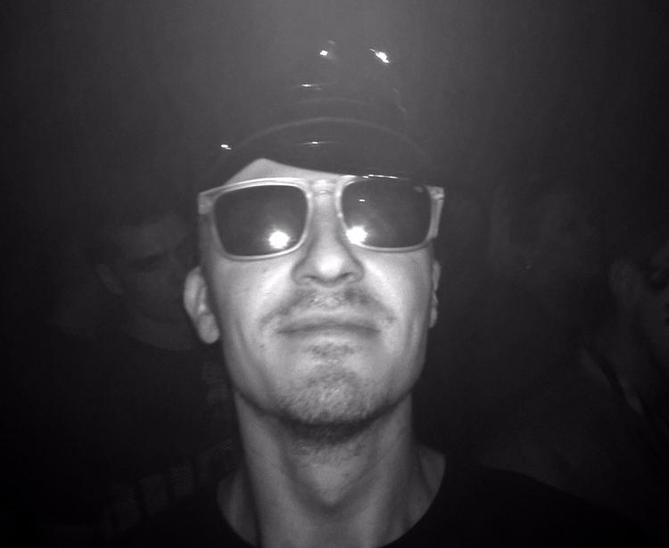 night black&white goodmood  - sandoriano   ello