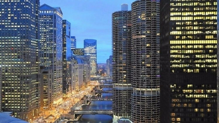 5 Chicago hotels worth staycati - chicagotribune   ello