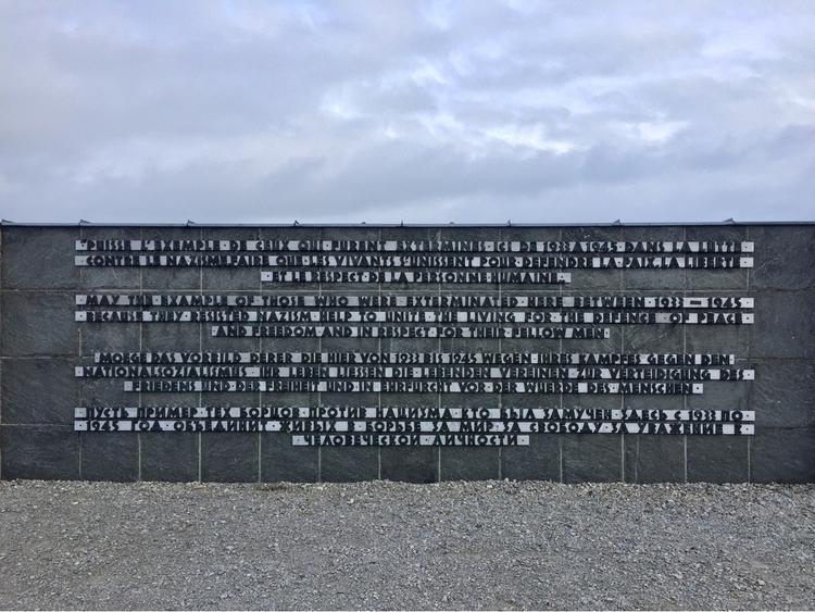 Dachau - johnlou   ello