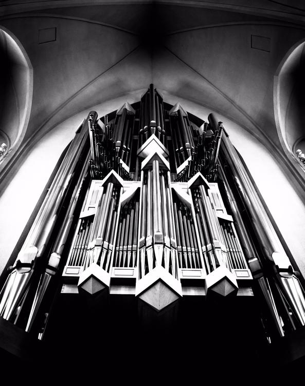Hallgrímskirkja pipe organ... V - junwin   ello
