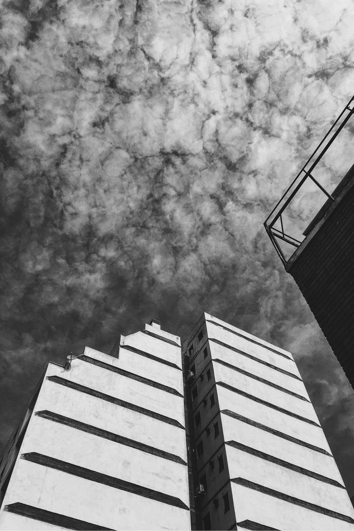 streetphotography rhythm textur - emefranco | ello