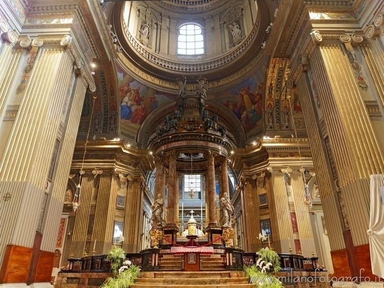 Caravaggio (#Bergamo, Italy): M - milanofotografo | ello