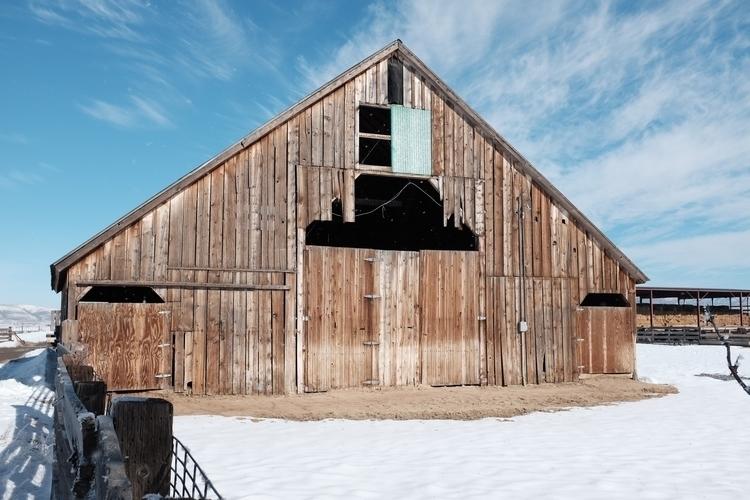 Galeppi Ranch barn, Carson Vall - brickie | ello