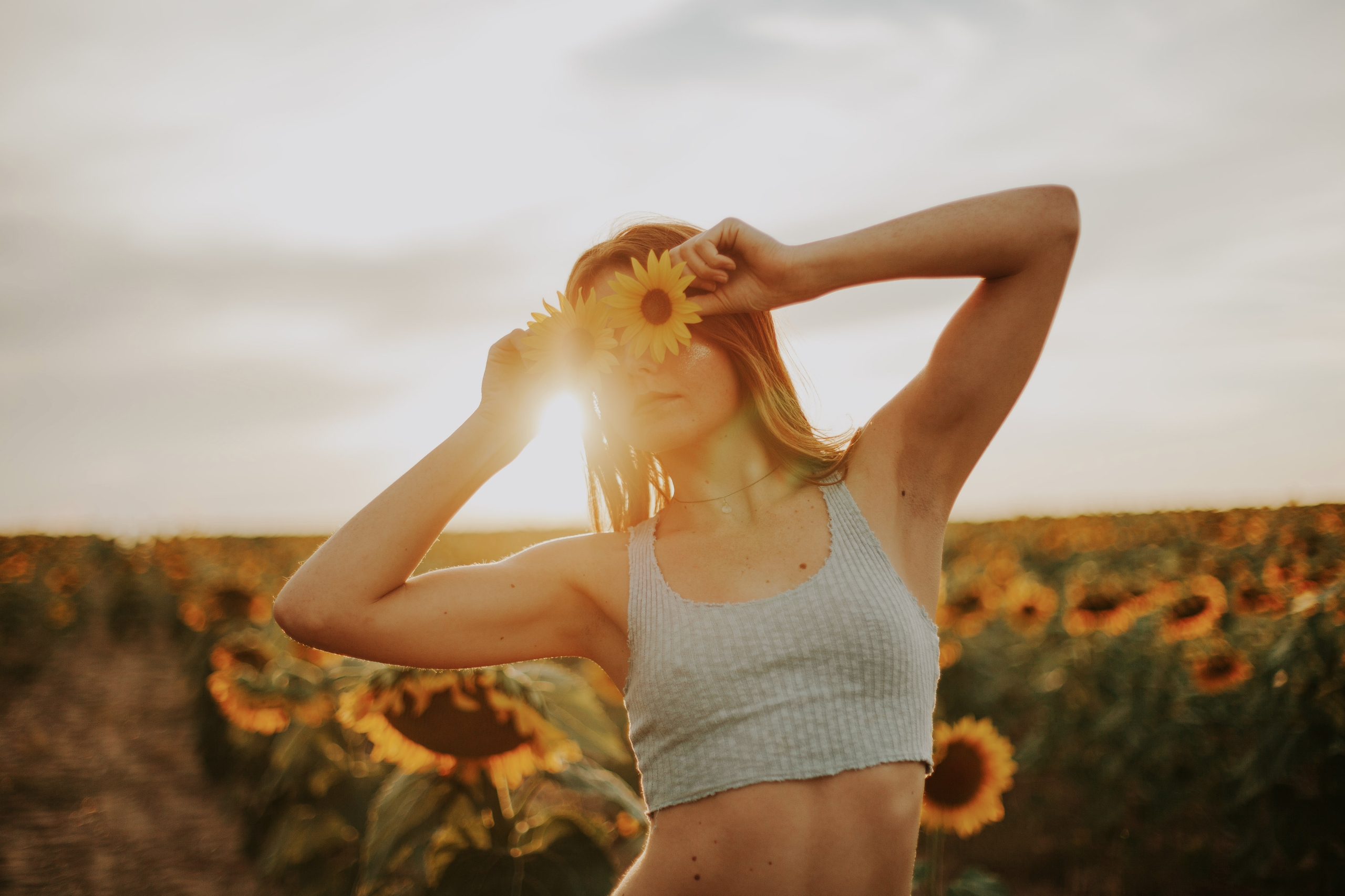 Alyssa Sunflower Fields, CO IG: - kate_rose | ello