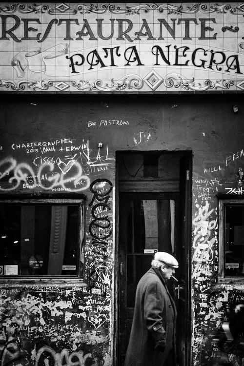 Pata Negra amsterdam photograph - gizmovision   ello
