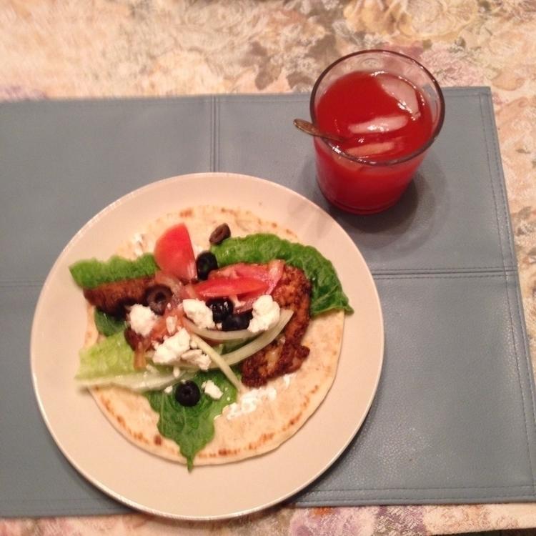 Gyros supper - Spoiled, DeliciousAndNutritious - surazeus | ello
